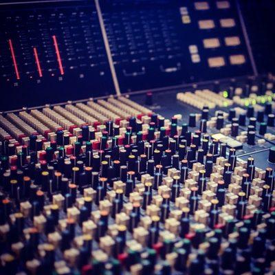 2013 11 23 1385207171 - В Новый год с Новым звуком!