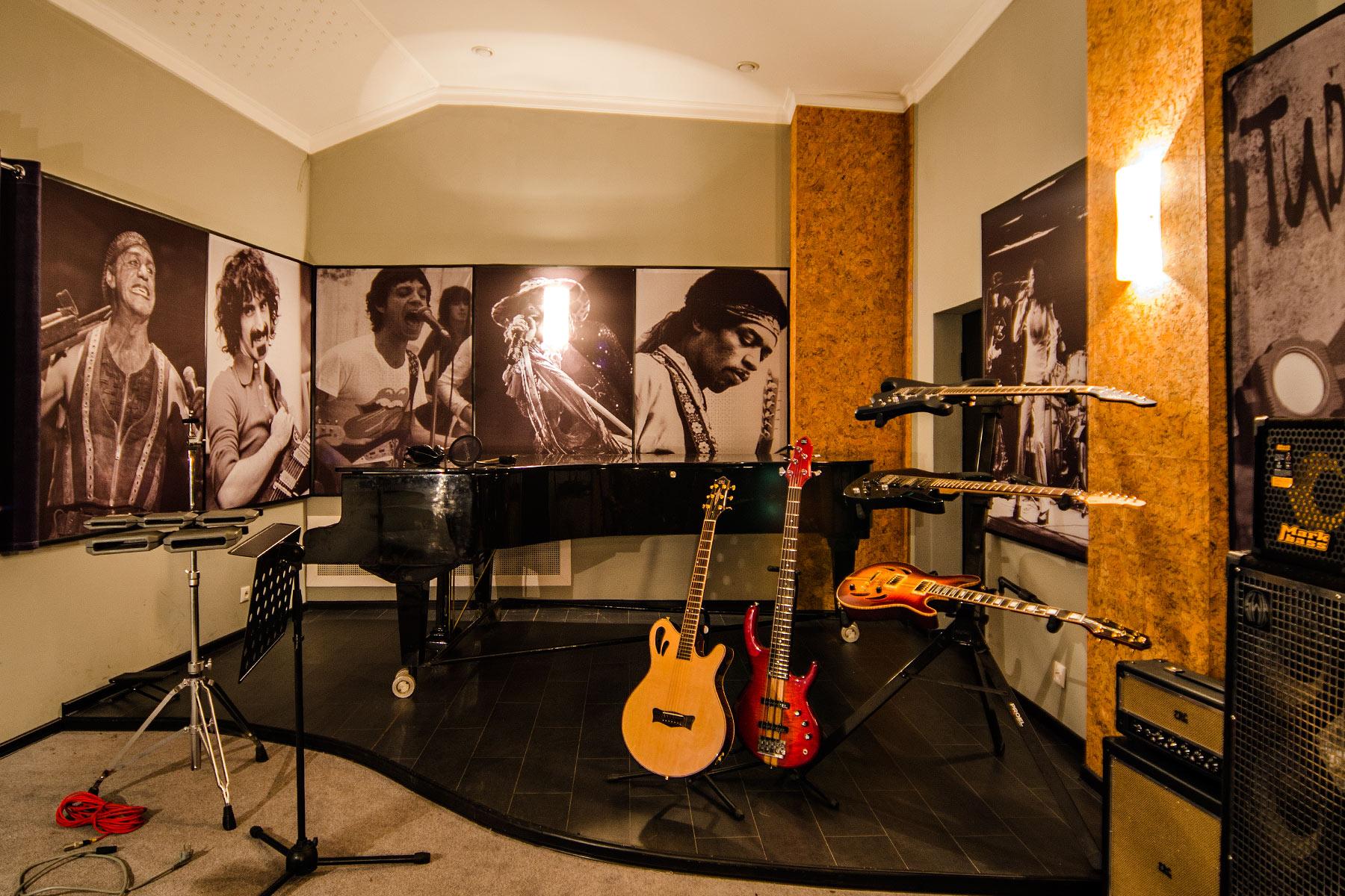 9786 1 - Большая акустическая комната