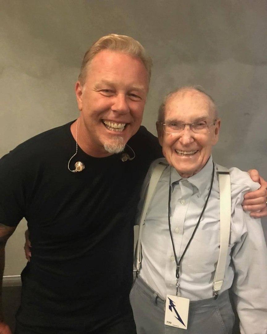 m5eawbNqrjk - Отец Клиффа Бёртона, Рэй Бёртон, посетил ряд концертов группы Metallica