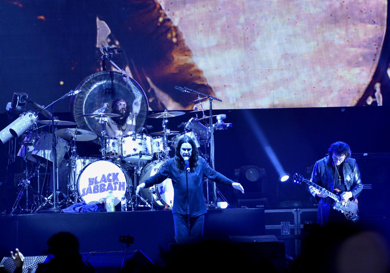 unnamed 2 1 - Оззи Осборн заявил, что рок-н-ролл не умер, потому что сам Оззи всё ещё жив.
